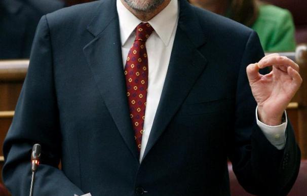 Rajoy durante una sesión de control al Gobierno del pleno del Congreso. EFE