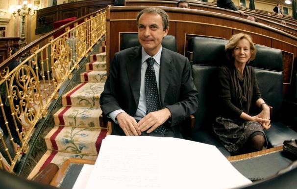 Zapatero dice trabajar a fondo por los intereses de Galicia en la UE, incluido los astilleros