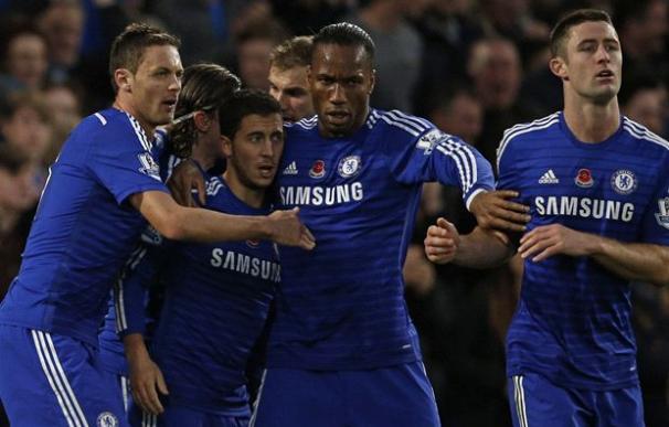 El Chelsea, con la amapola roja