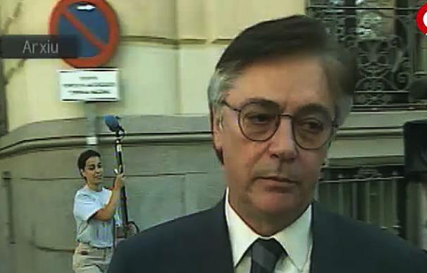Francisco Paesa acudiendo a una de las citas judiciales que desvelaron su rostro