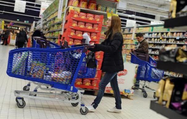 ¿Qué cadena de supermercados invierte más en España: Dia, Mercadona o Lidl?