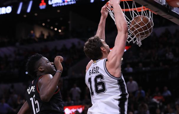 Los Spurs empatan la serie ante los Rockets con Pau Gasol de titular