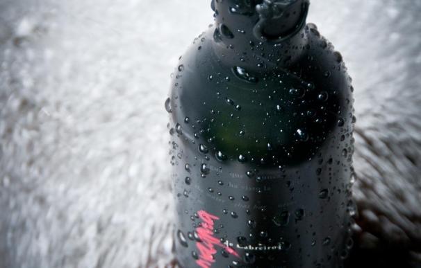 Magma de Cabreiroá recibe el premio internacional en innovación Best Packaging Solution por su botella opaca