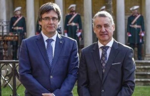 Carles Puigdemont e Iñigo Urkullu