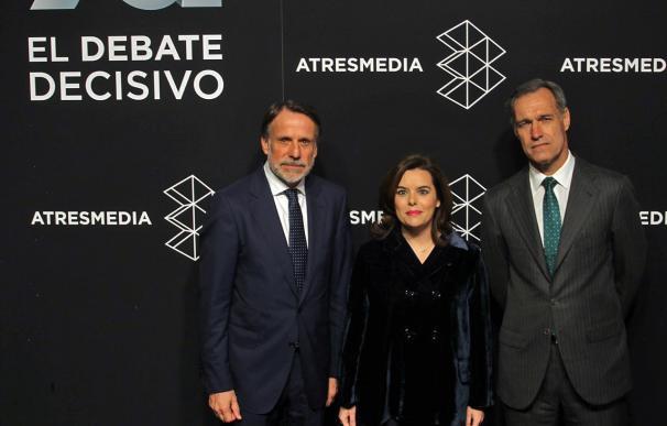 Soraya Sáenz de Santamaría a su llegada al debate de Atresmedia (Foto: José González)
