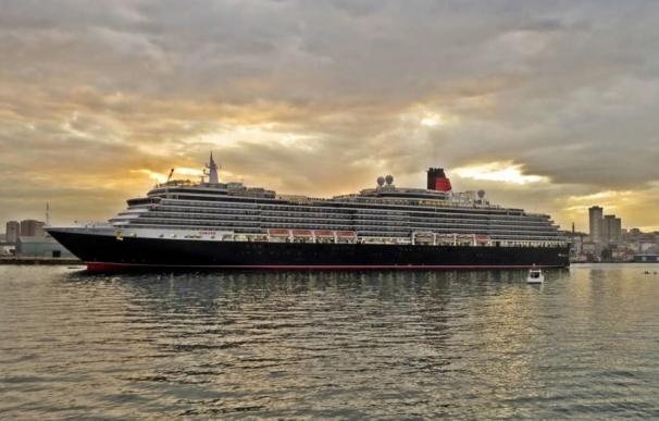 Kerry dice que la empresa Carnival no debería excluir a cubano-estadounidenses en sus cruceros a Cuba