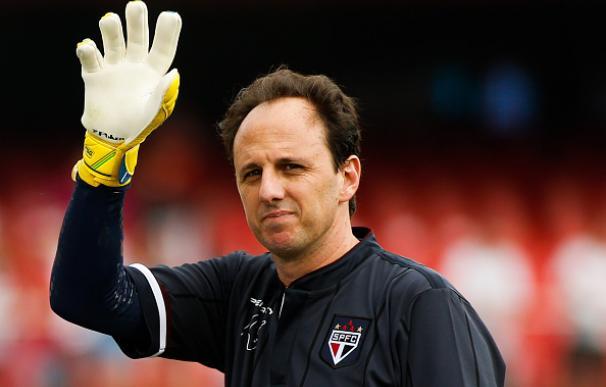 Rogerio Ceni dice adiós al mundo del fútbol. / Getty Images