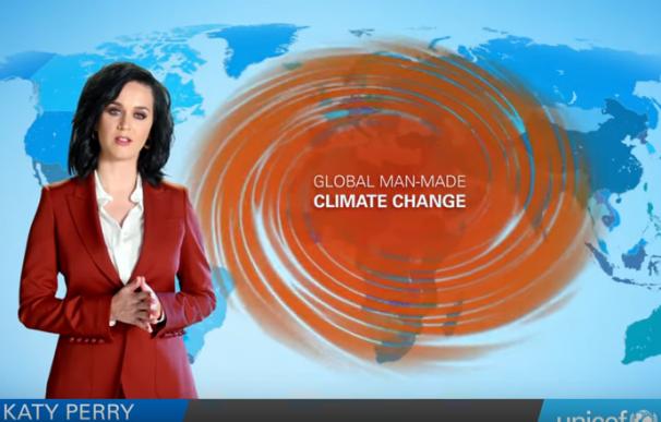 Katy perry se pasa a chica del tiempo para denunciar el cambio climático/Unicef
