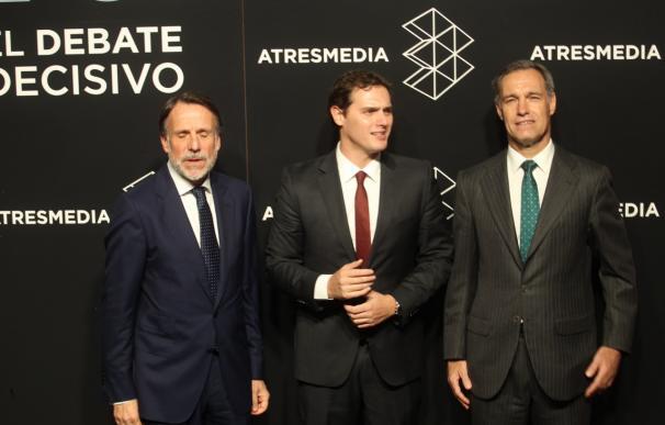 Albert Rivera a su llegada para el debate a cuatro en Atresmedia (José González)