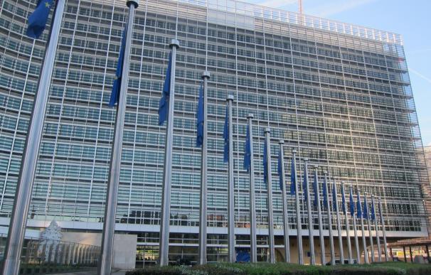 Bruselas alerta de que la inestabilidad política puede lastrar la economía española