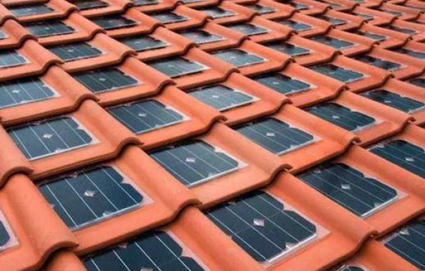 Las 'tejas solares' son la última revolución para aprovechar la energía solar