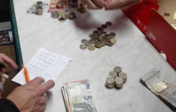 Los jugadores de Huracán Valencia hacen una colecta para poder pagar a los árbitros / Twitter