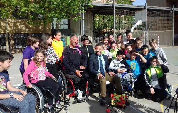 Gobierno regional y Fundación Deporte Sin Barreras acercan a los escolares riojanos el deporte adaptado