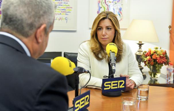 """Susana Díaz rechaza acuerdos con quien plantea """"romper España"""" y cree que Podemos sólo quiere """"ganarle al PSOE"""""""