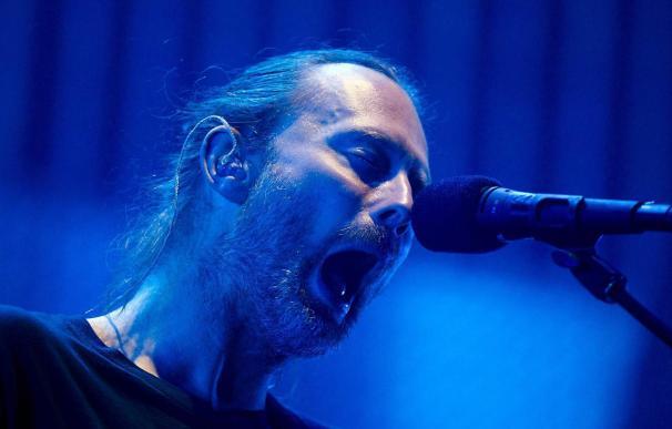 """Thom Yorke, de """"Radiohead"""", saca un álbum por sorpresa a través de BitTorrent"""