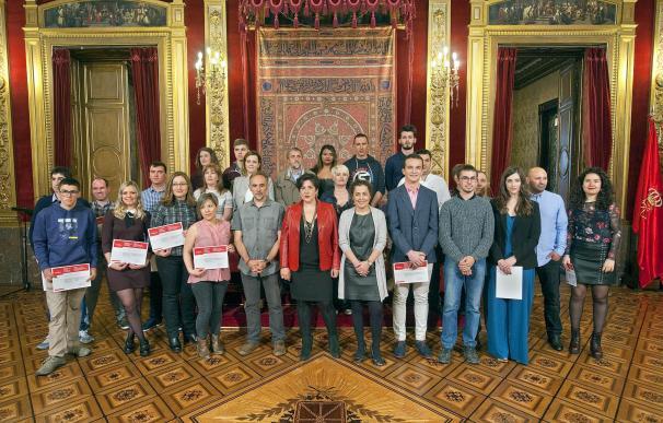 Solana entrega los Premios Extraordinarios de FP, Artes Plásticas y Diseño a 29 estudiantes
