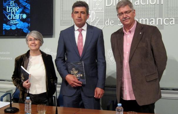 La Diputación de Salamanca publica el primer libro monográfico sobre el traje charro