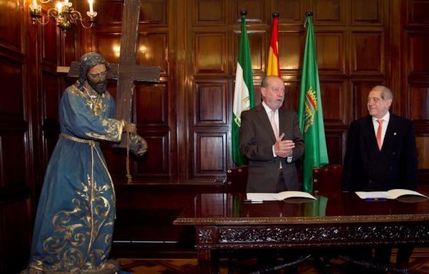 Diputación cede por diez años la imagen de un nazareno a la Hermandad del Carmen de Santa Catalina