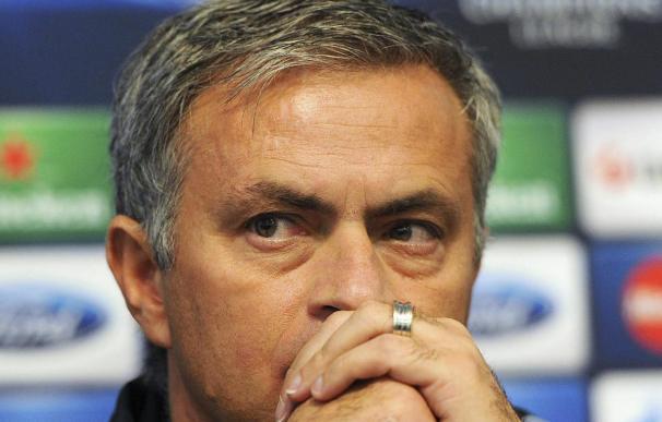 Los propietarios cataríes del PSG desmienten los contactos con Mourinho
