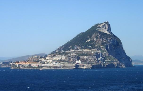 El Gobierno declara 'zona de especial conservación' las aguas que rodean al Peñón de Gibraltar