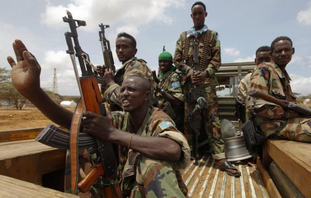 Al Shabab dice que perdió un hombre e hirió a soldados extranjeros en el asalto