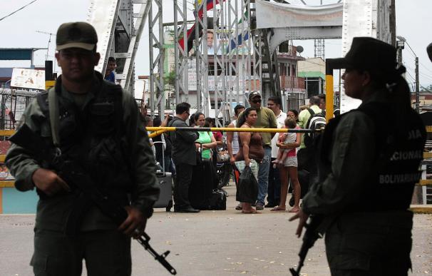 Soldados venezolanos, en un país jaqueado por la violencia.