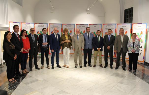Junta reconoce a diez municipios su compromiso con la enseñanza desde lo local con los premios EducaCiudad