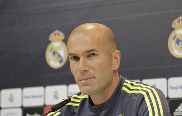 """Zidane: """"Lo único que pasa por mi cabeza es que Cristiano y Benzema estén al cien por cien ante el City"""""""