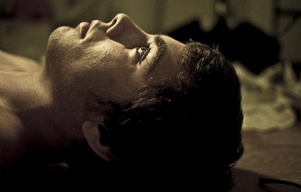 Las personas con insomnio crónico padecen alteraciones en tareas de atención y en la memoria, según un estudio de la UCM
