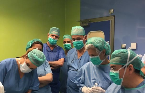 Especialistas del Quirónsalud Sagrado Corazón intervienen a pacientes con nódulos tiroideos por radiofrecuencia