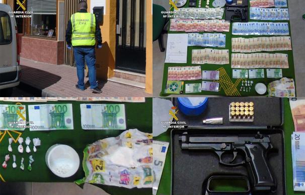 La Guardia Civil desmantela un punto de venta de cocaína en Bullas y detiene a su regente
