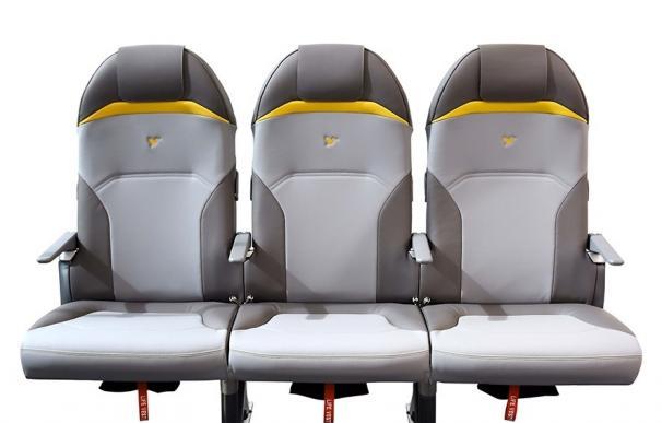 Peugeot crea en su laboratorio de diseño asientos de avión más ligeros que un portátil