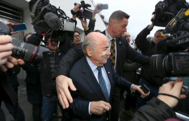 El escándalo de la FIFA que salpicó a Blatter y Platini. / AFP