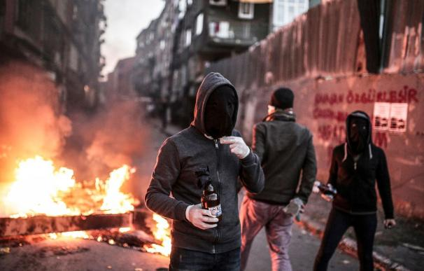 Represión brutal de Erdogan contras los kurdos en el sureste del país