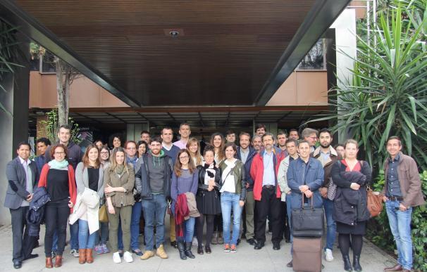 Profesionales del Máster de Negocio Energético del Club Español de la Energía visitan los centros de Endesa