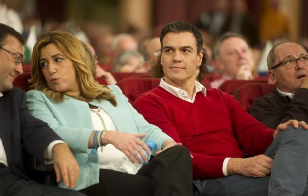 Pedro Sánchez, con la presidenta de la Junta de Andalucía, Susana Díaz.