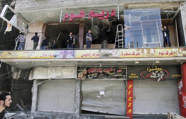 El régimen combate a los rebeldes en la carretera del aeropuerto de Damasco