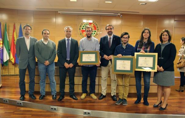 La UJA premia los mejores trabajos fin de Grado y fin de Máster en materia de emprendimiento