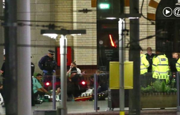 Al menos 22 muertos y 59 heridos en un atentado en un concierto en Manchester