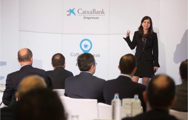 Caixabank reúne a un centenar de empresarios para debatir sobre perspectivas y riesgos de la economía global