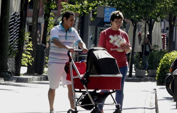 El apellido del padre deja definitivamente de tener preferencia en España desde el próximo 30 de junio