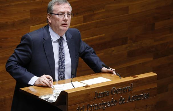 El consejero de Sanidad asturiano recuerda que la regulación del cannabis compete al Estado