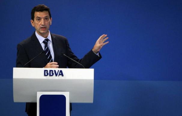 El jefe de Estudios del BBVA desmonta la renta básica universal de Pedro Sánchez