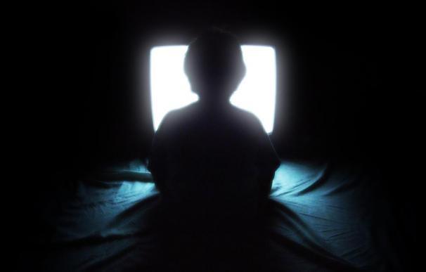 Los niños que ven más de dos horas al día la televisión pueden tener un 30% más de riesgo de sufrir hipertensión
