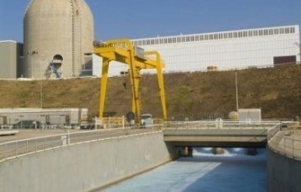 Greenpeace afea al CSN que se dé más prisa en atender la voluntad del Gobierno y la industria que la seguridad nuclear