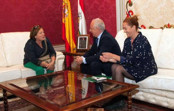 Ceniceros destaca la preservación de las señas de identidad de La Rioja por el Centro Riojano de Uruguay