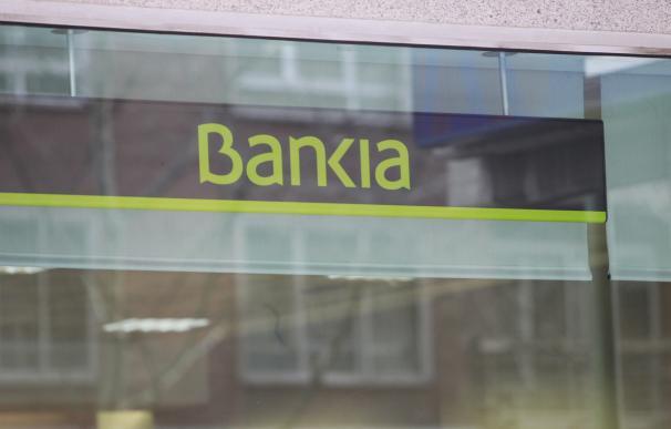(Ampl.) Bankia se ahorra 400 millones de euros en gastos judiciales al aligerar la devolución para inversor