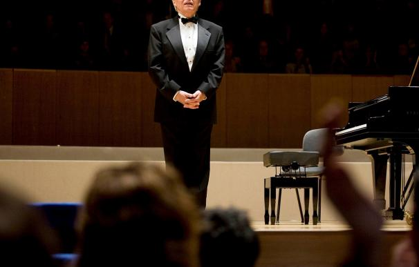 """Achúcarro celebra 30 años de actuaciones en el Palau de la Música con un recital de """"gran belleza y técnica"""""""