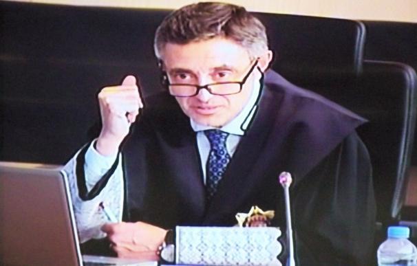 """El fiscal cree que el tesorero de CDC sólo era el """"gatillo"""" del partido para las comisiones"""