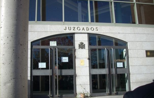 La oposición reclama que la recaudación de las tasas judiciales se destine a la asistencia jurídica gratuita